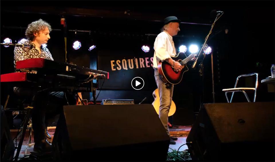 Esquires, Bedford